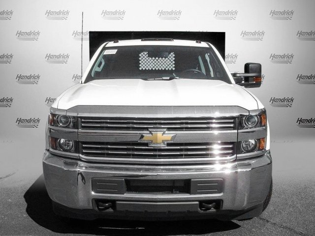 2017 Silverado 3500 Crew Cab 4x4 Platform Body #M132996 - photo 5
