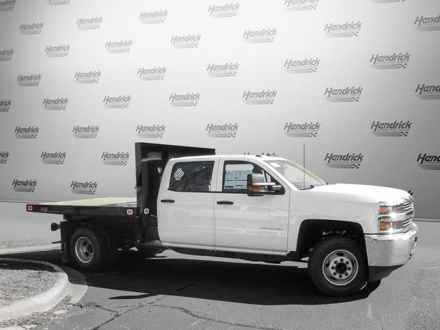2017 Silverado 3500 Crew Cab 4x4 Platform Body #M132996 - photo 6