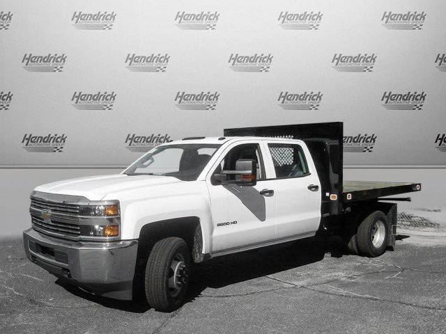 2017 Silverado 3500 Crew Cab 4x4 Platform Body #M132996 - photo 7