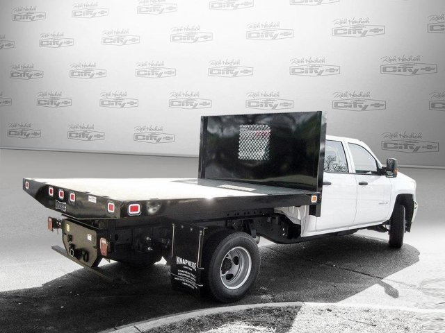 2017 Silverado 3500 Crew Cab 4x4 Platform Body #M132996 - photo 2