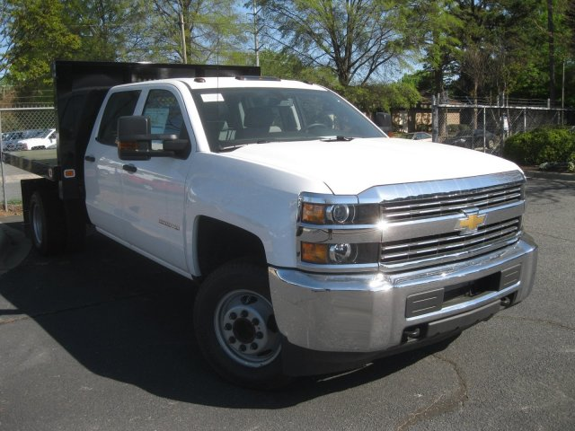 2017 Silverado 3500 Crew Cab 4x4 Platform Body #M132996 - photo 9