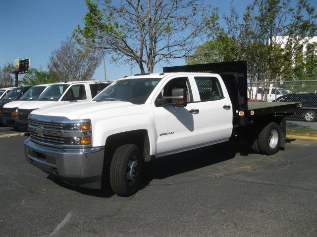 2017 Silverado 3500 Crew Cab 4x4 Platform Body #M132996 - photo 10