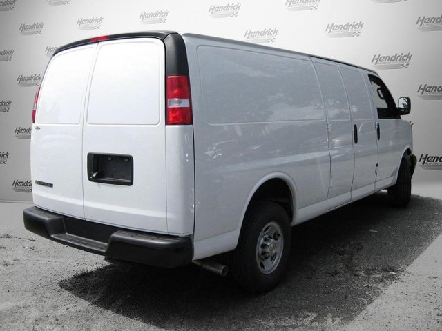 2017 Express 2500 Cargo Van #M133405 - photo 3