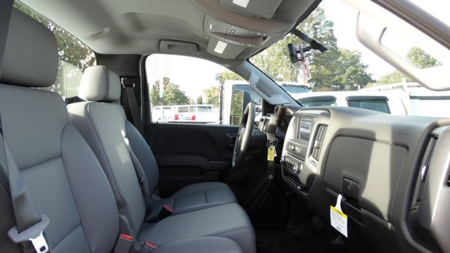 2018 Silverado 3500 Regular Cab DRW, Knapheide Standard Service Body #M133955 - photo 22