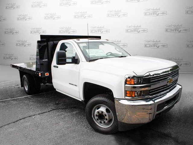 2017 Silverado 3500 Regular Cab Platform Body #M134466 - photo 8