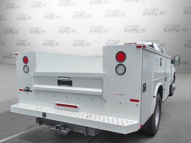 2017 Silverado 3500 Regular Cab, Knapheide Platform Body #M135139 - photo 2