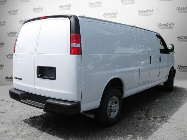 2017 Express 2500 Cargo Van #M138367 - photo 5