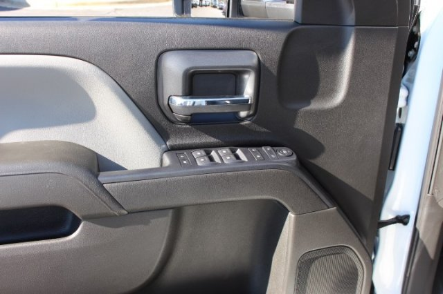 2019 Silverado 2500 Double Cab 4x2,  Reading SL Service Body #M141354 - photo 10