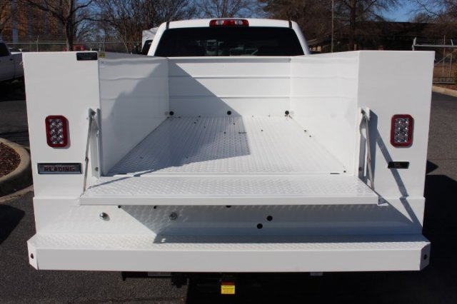 2019 Silverado 2500 Double Cab 4x2,  Reading SL Service Body #M141354 - photo 18