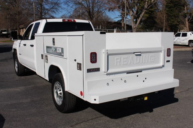 2019 Silverado 2500 Double Cab 4x2,  Reading Service Body #M141354 - photo 5
