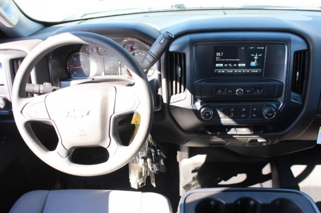 2019 Silverado 2500 Double Cab 4x2,  Reading Service Body #M141354 - photo 6