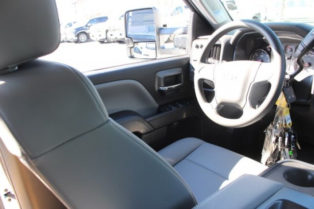 2019 Silverado 2500 Double Cab 4x2,  Reading Service Body #M141354 - photo 8