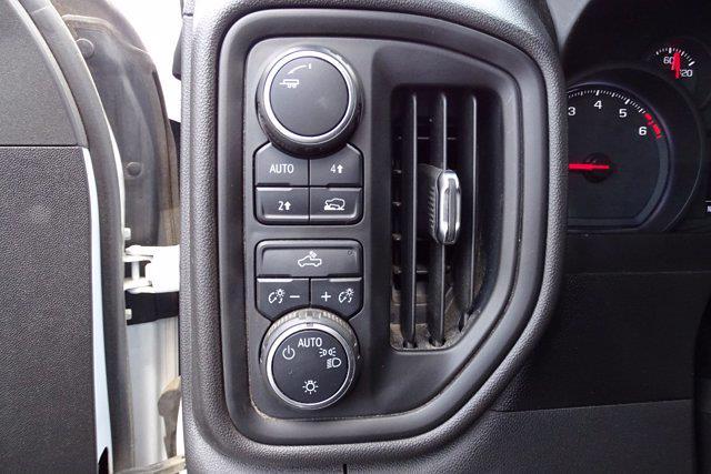 2019 Chevrolet Silverado 1500 Crew Cab 4x4, Pickup #M14615A - photo 16