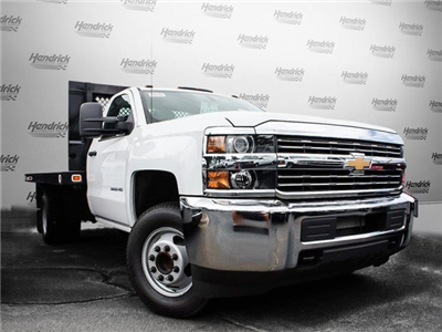 2017 Silverado 3500 Regular Cab DRW, Knapheide Value-Master X Platform Body #M147545 - photo 3