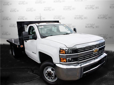2017 Silverado 3500 Regular Cab DRW, Knapheide Value-Master X Platform Body #M147545 - photo 5
