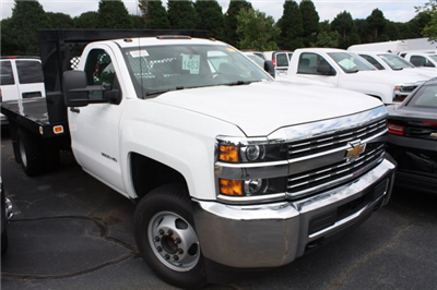 2017 Silverado 3500 Regular Cab DRW, Knapheide Value-Master X Platform Body #M147545 - photo 27