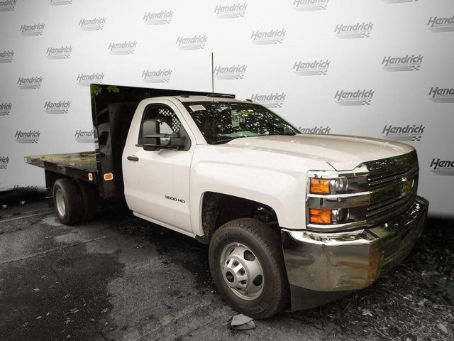 2017 Silverado 3500 Regular Cab, Knapheide Platform Body #M148496 - photo 5