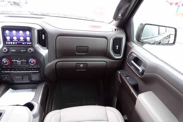 2019 Chevrolet Silverado 1500 Crew Cab 4x4, Pickup #M16600G - photo 15
