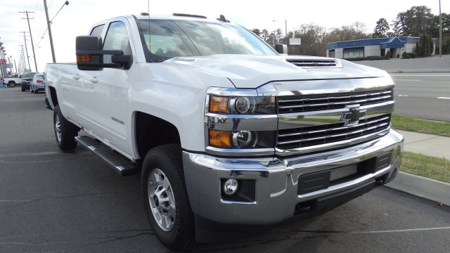 2018 Silverado 2500 Double Cab 4x4, Pickup #M177845 - photo 3