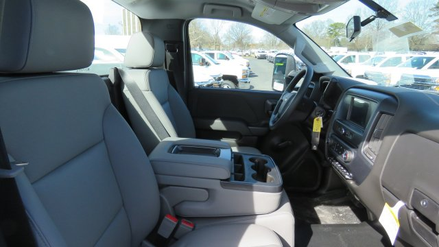 2018 Silverado 3500 Regular Cab DRW 4x2,  Knapheide Service Body #M180571 - photo 27