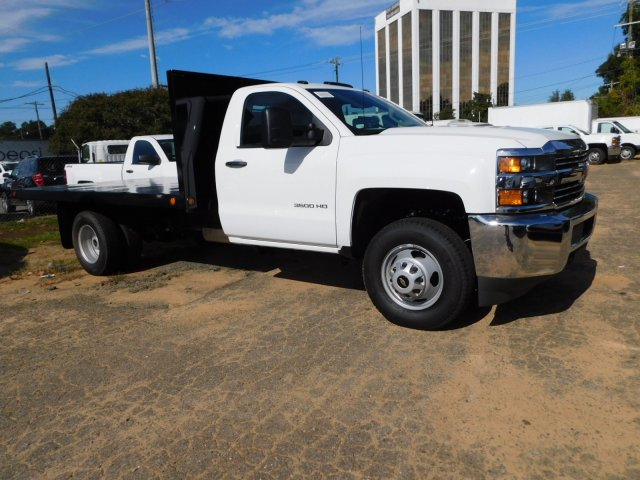 2017 Silverado 3500 Regular Cab DRW,  Platform Body #M186949 - photo 6