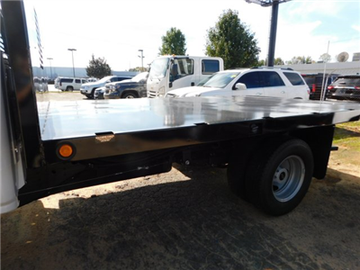 2017 Silverado 3500 Regular Cab DRW,  Platform Body #M186949 - photo 27
