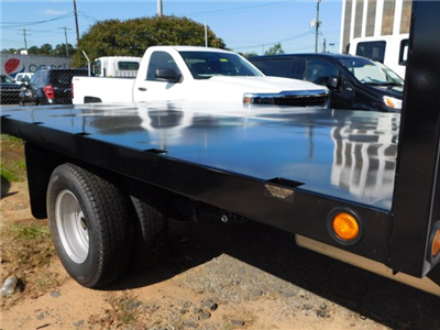 2017 Silverado 3500 Regular Cab DRW,  Platform Body #M186949 - photo 29