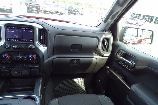 2019 Chevrolet Silverado 1500 Crew Cab 4x4, Pickup #M18706A - photo 17