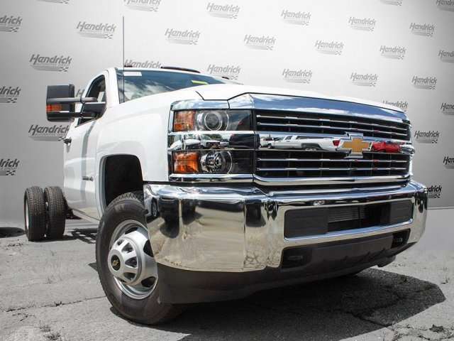 2017 Silverado 3500 Regular Cab Cab Chassis #M198506 - photo 3