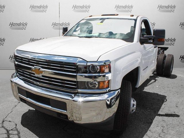 2017 Silverado 3500 Regular Cab Cab Chassis #M198506 - photo 4