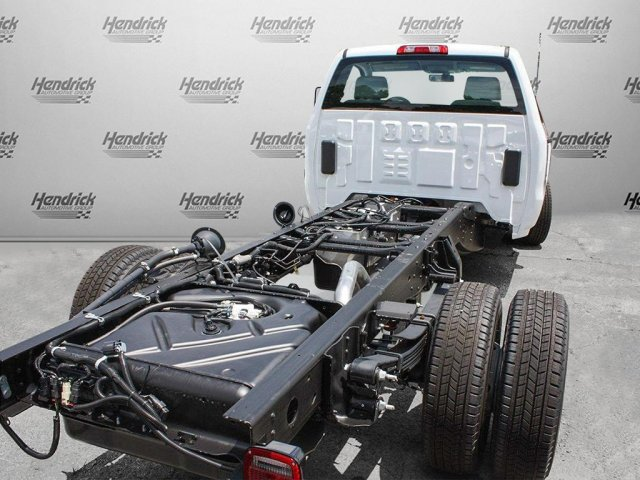 2017 Silverado 3500 Regular Cab Cab Chassis #M198506 - photo 2