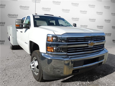 2017 Silverado 3500 Crew Cab DRW, Reading Classic II Steel Service Body #M217983 - photo 31