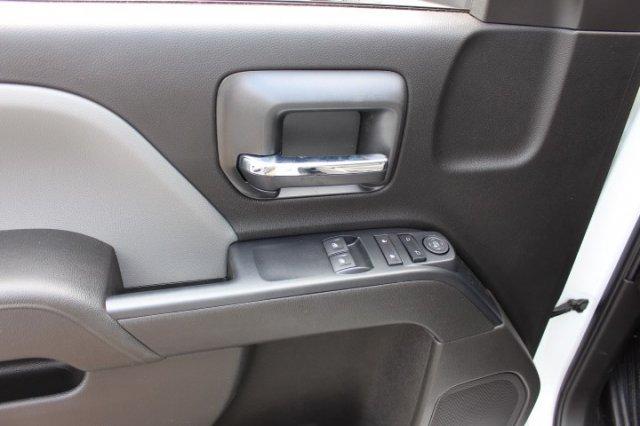 2019 Silverado 3500 Regular Cab DRW 4x4,  Reading SL Service Body #M223066 - photo 10