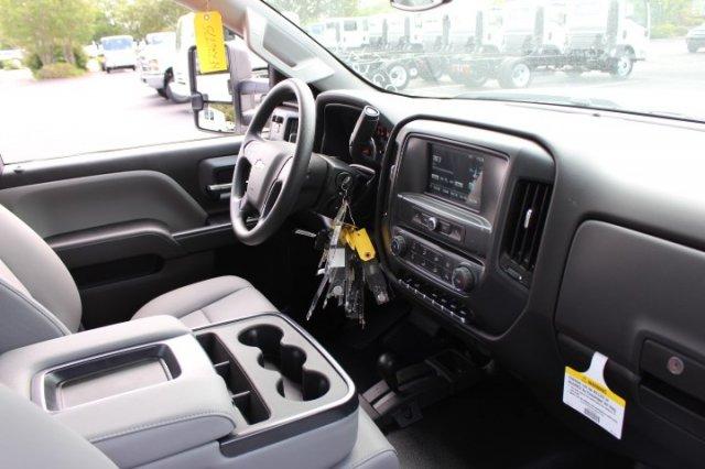 2019 Silverado 3500 Regular Cab DRW 4x4,  Reading SL Service Body #M223066 - photo 9