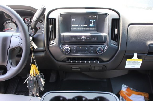 2018 Silverado 3500 Crew Cab DRW 4x2,  Knapheide Value-Master X Platform Body #M229937 - photo 8