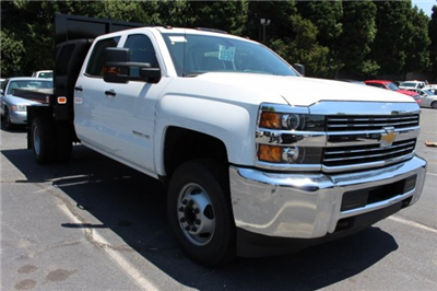 2018 Silverado 3500 Crew Cab DRW 4x2,  Knapheide Value-Master X Platform Body #M229937 - photo 3
