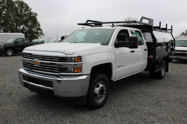 2018 Silverado 3500 Crew Cab DRW 4x2,  Knapheide Contractor Body #M231922 - photo 3
