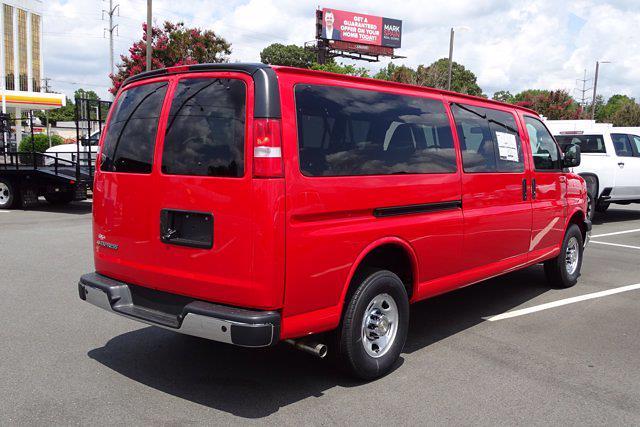 2020 Chevrolet Express 3500 4x2, Passenger Wagon #M232763 - photo 1