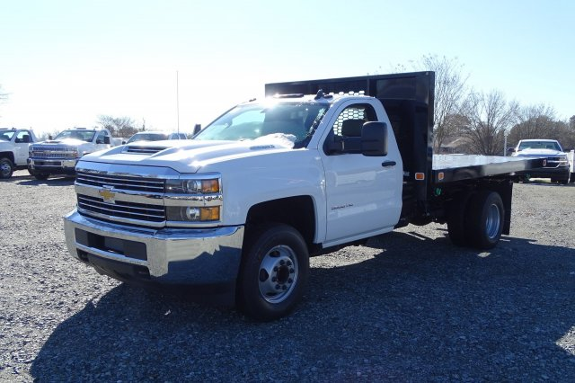 2018 Silverado 3500 Regular Cab DRW 4x2,  Knapheide Platform Body #M272826 - photo 4