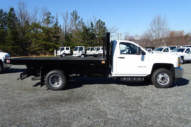 2018 Silverado 3500 Regular Cab DRW 4x2,  Knapheide Platform Body #M272826 - photo 3