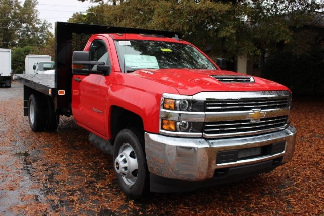 2018 Silverado 3500 Regular Cab DRW 4x2,  Knapheide Platform Body #M277125 - photo 3