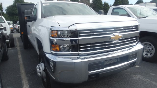 2016 Silverado 3500 Crew Cab 4x4, Freedom Platform Body #M284086 - photo 4