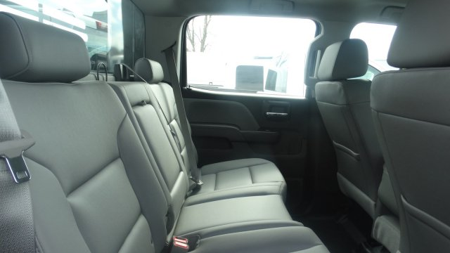2016 Silverado 3500 Crew Cab 4x4, Freedom Platform Body #M284086 - photo 29