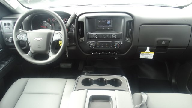2016 Silverado 3500 Crew Cab 4x4, Freedom Platform Body #M284086 - photo 34