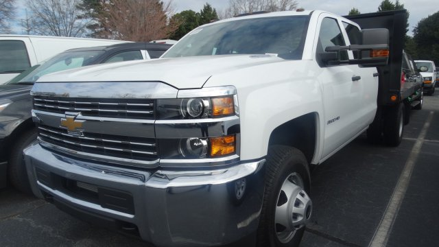 2016 Silverado 3500 Crew Cab 4x4, Freedom Platform Body #M284086 - photo 5