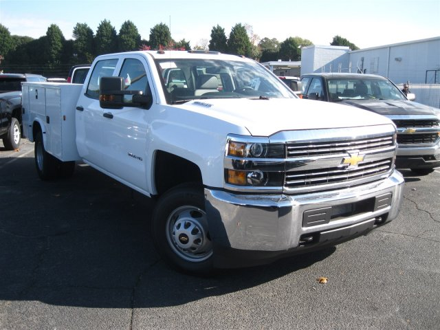 2016 Silverado 3500 Crew Cab 4x4, Knapheide Service Body #M284859 - photo 3