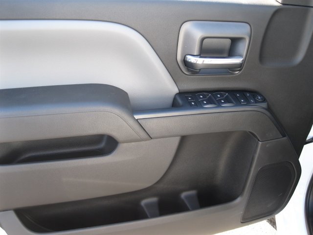 2016 Silverado 3500 Crew Cab 4x4, Knapheide Service Body #M286589 - photo 8