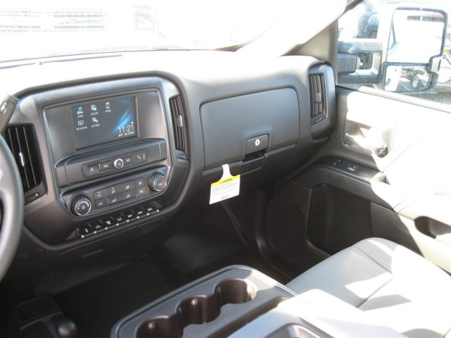 2016 Silverado 3500 Crew Cab 4x4, Knapheide Service Body #M286872 - photo 20