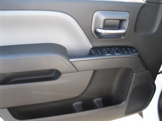 2016 Silverado 3500 Crew Cab 4x4, Knapheide Service Body #M286872 - photo 21