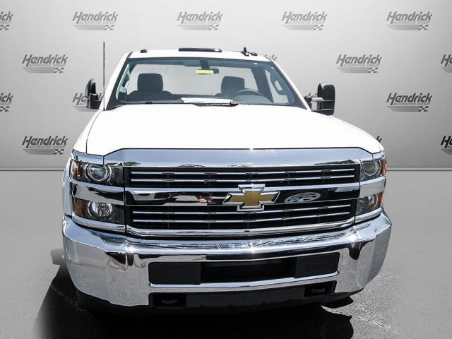 2016 Silverado 3500 Regular Cab, Cab Chassis #M319709 - photo 27